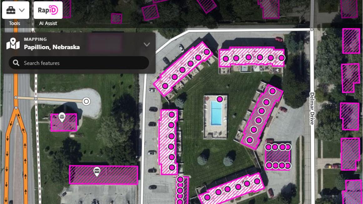 Обновленные слои карт ArcGIS и новая карта с инструментами искусственного интеллекта теперь доступны для редакторов OSM Mappers.